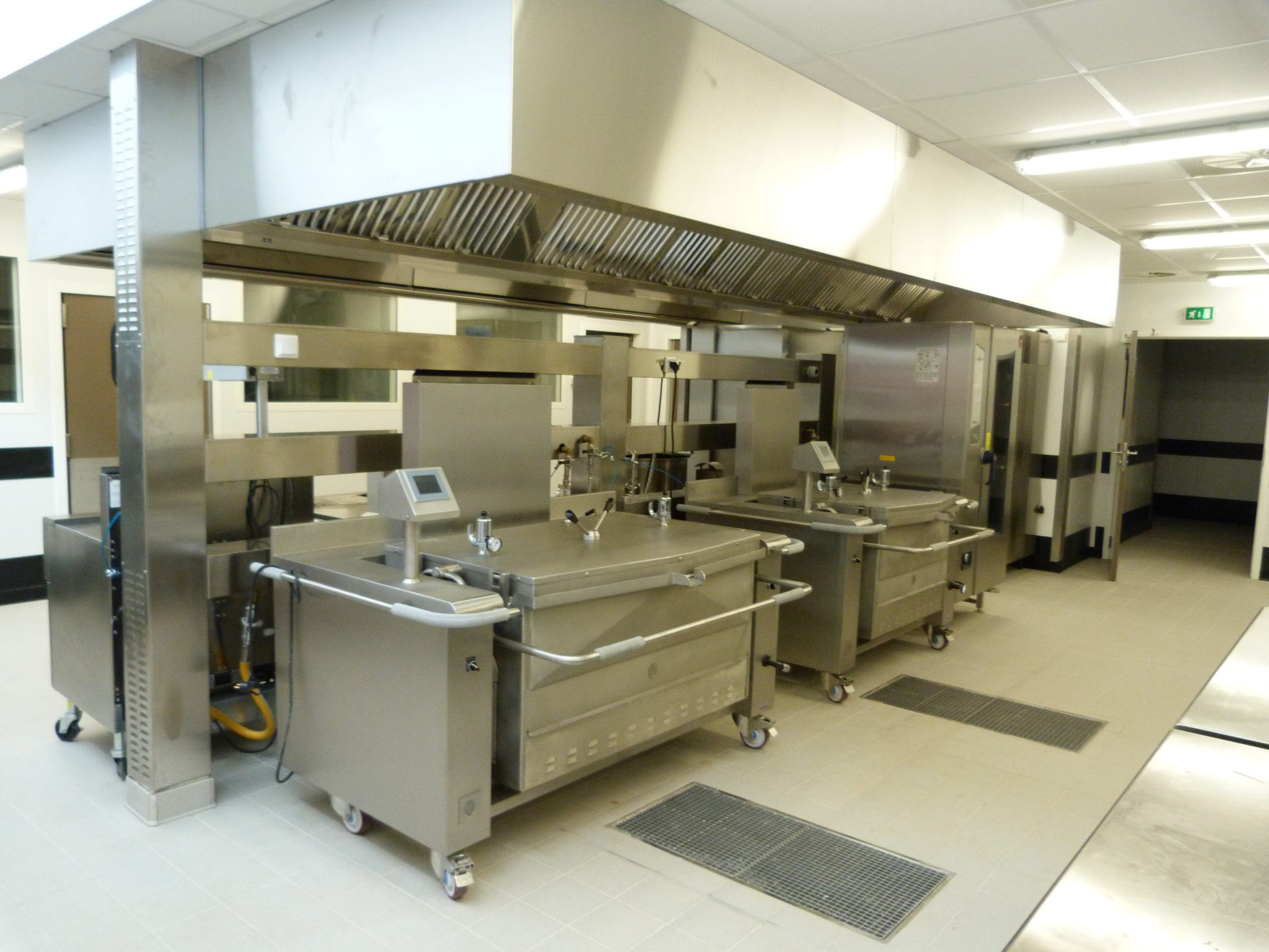 Groupe scolaire cantine cuisine centrale bellegarde - Definition d une cuisine centrale ...